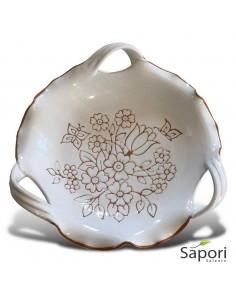Centrotavola-tre-manici-in-Terracotta-smalto-bianco-e-decoro-a-incisione-Sapori-Salento-logo-